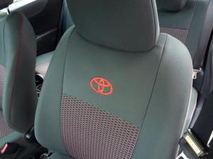 Toyota Yaris vzor č. 97 bok A + dvojité prošití