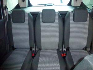 Peugeot 5008 vzor č. 95 bok A